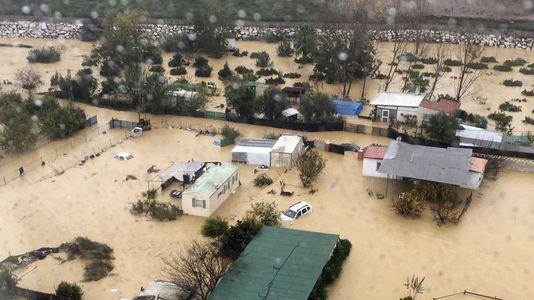 El temporal en Andalucía deja coches sepultados