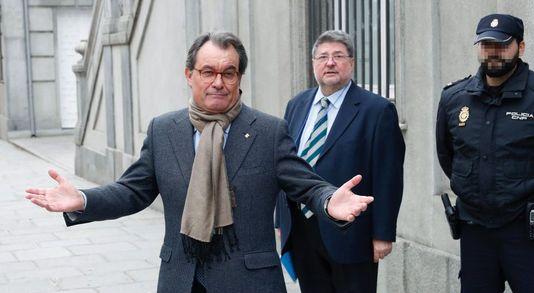 Artur Mas condenado a dos años de inhabilitación por el 9N