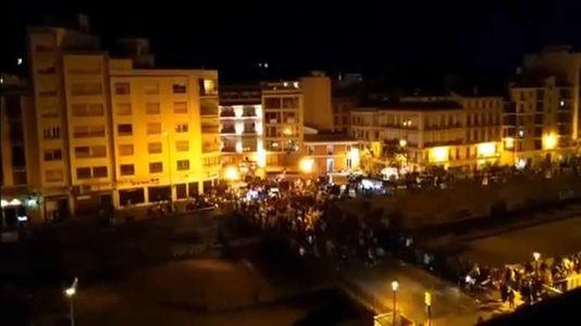 Dos heridos leves tras una estampida de personas al paso de la procesión del Cautivo en Málaga