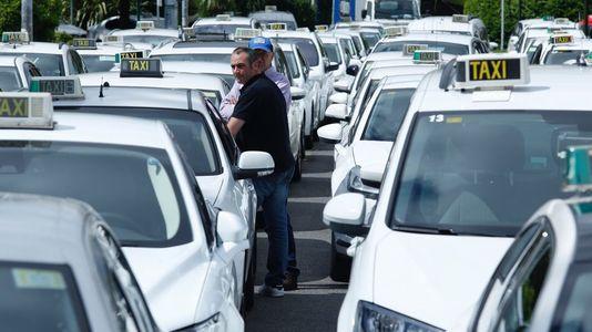Los taxistas toman la Xunta