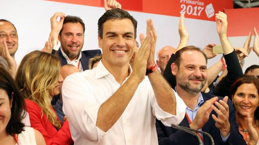 El PSOE recorta distancias y se sitúa a cuatro puntos del PP