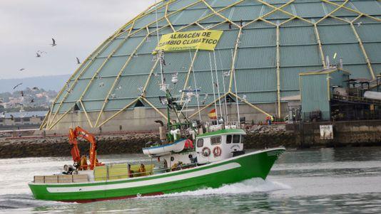 Greenpeace protesta en la Medusa