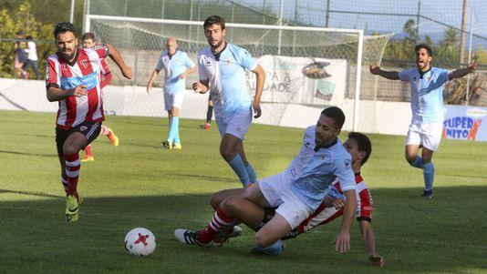 Las imágenes del partido entre el Céltiga y el Compostela