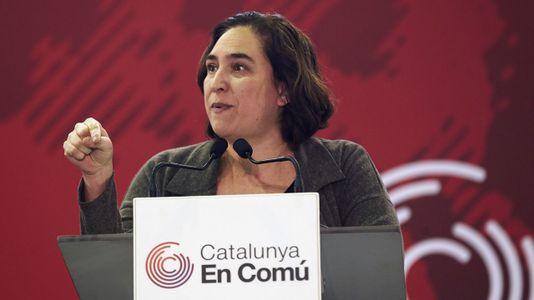Colau expulsa al PSC del Ayuntamiento de Barcelona