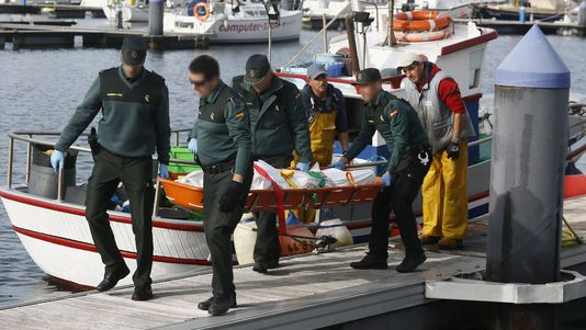 Muere un pescador deportivo en Xove y su compañero ha sido rescatado del mar