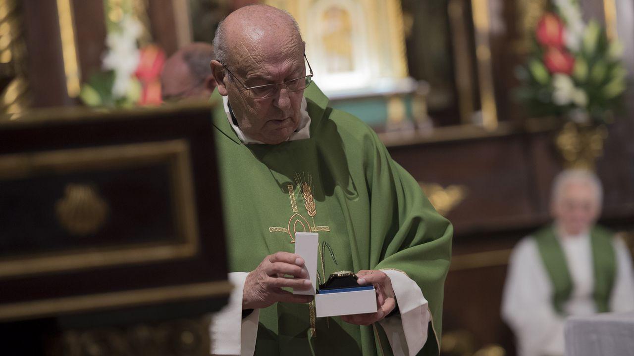 Emotivo funeral por el que fue sacerdote de Cee.Gema Freire (Corcubión) es la que más veces se ha presentado