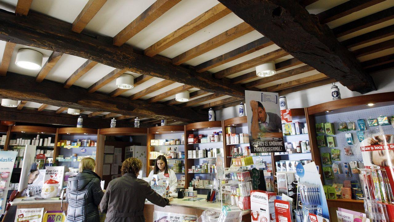 Imagen de una farmacia rural en el concello de Boimorto