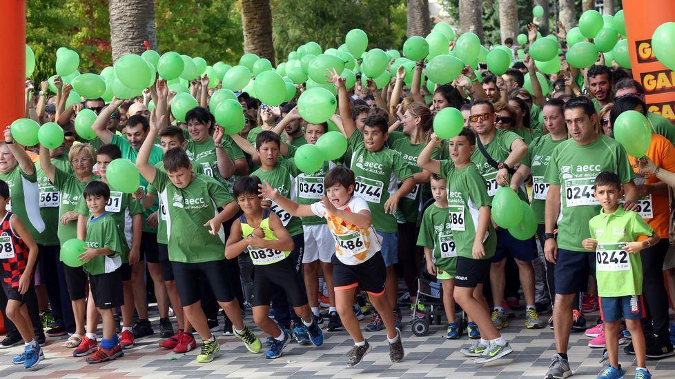 Carrera solidaria  Tres kilómetros contra el Cáncer  en Noia.
