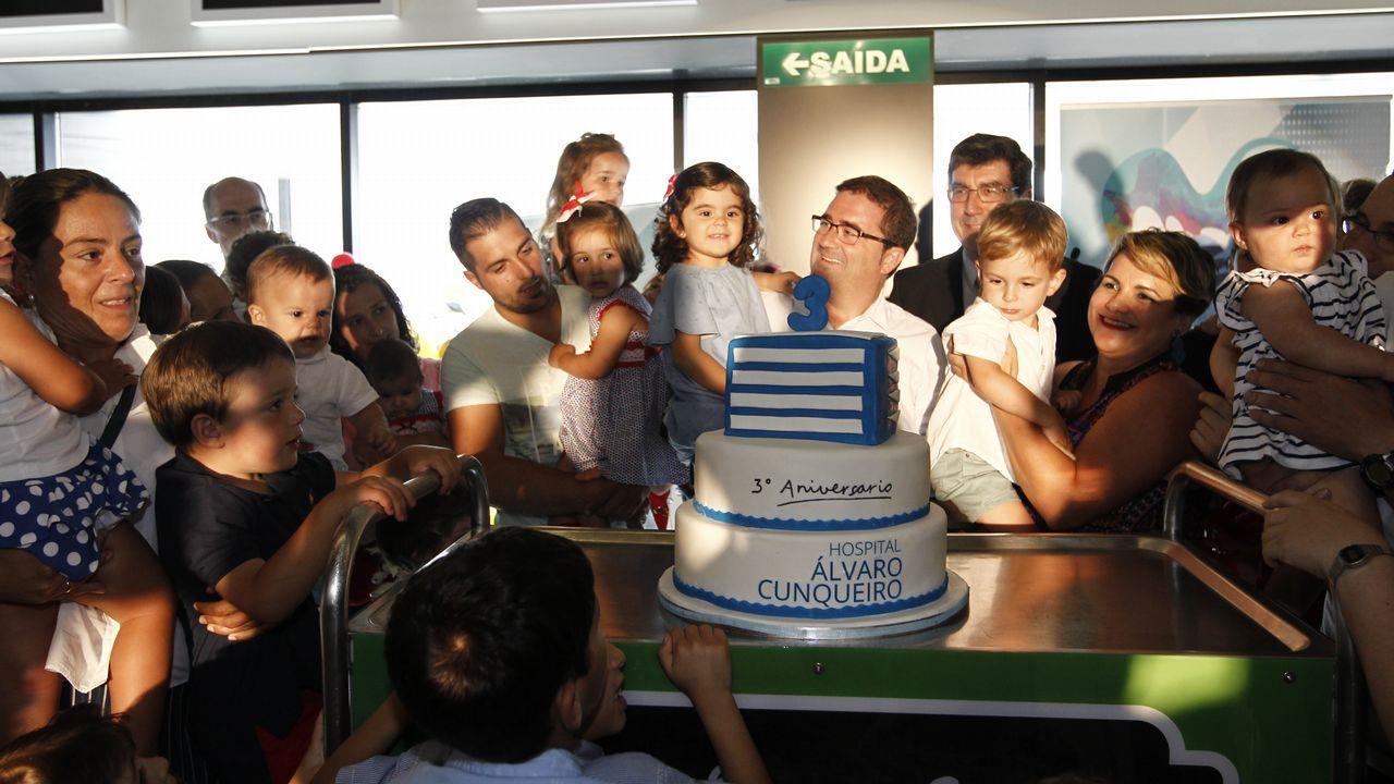 .Celebración del aniversario del hospital con los niños nacidos en él