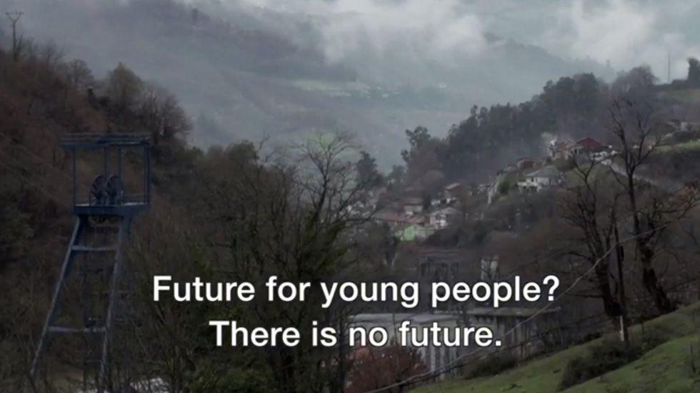 Reportaje de la BBC sobre la economía de trueque en Asturias.El actor Ed Westwick