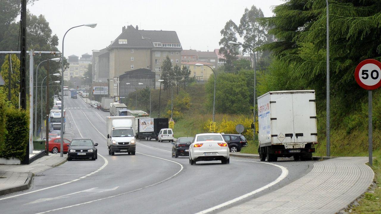 Caballero visita el nuevo Mercadona de Vigo.Turull junto a Junqueras y Puigdemont