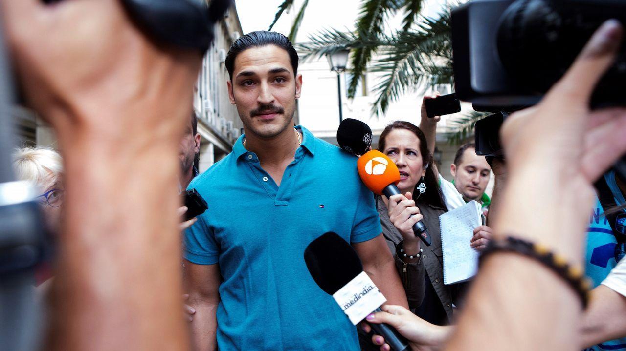 .Alfonso Jesús Cabezuelo, uno de los miembros de la Manada, a su llegada el juzgado de guardia de Sevilla