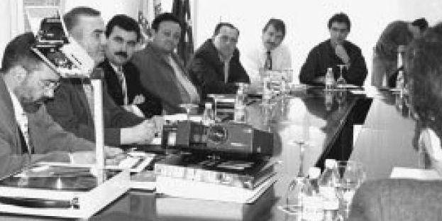 .La presentación del proyecto reunió a responsables políticos de toda la comarca.