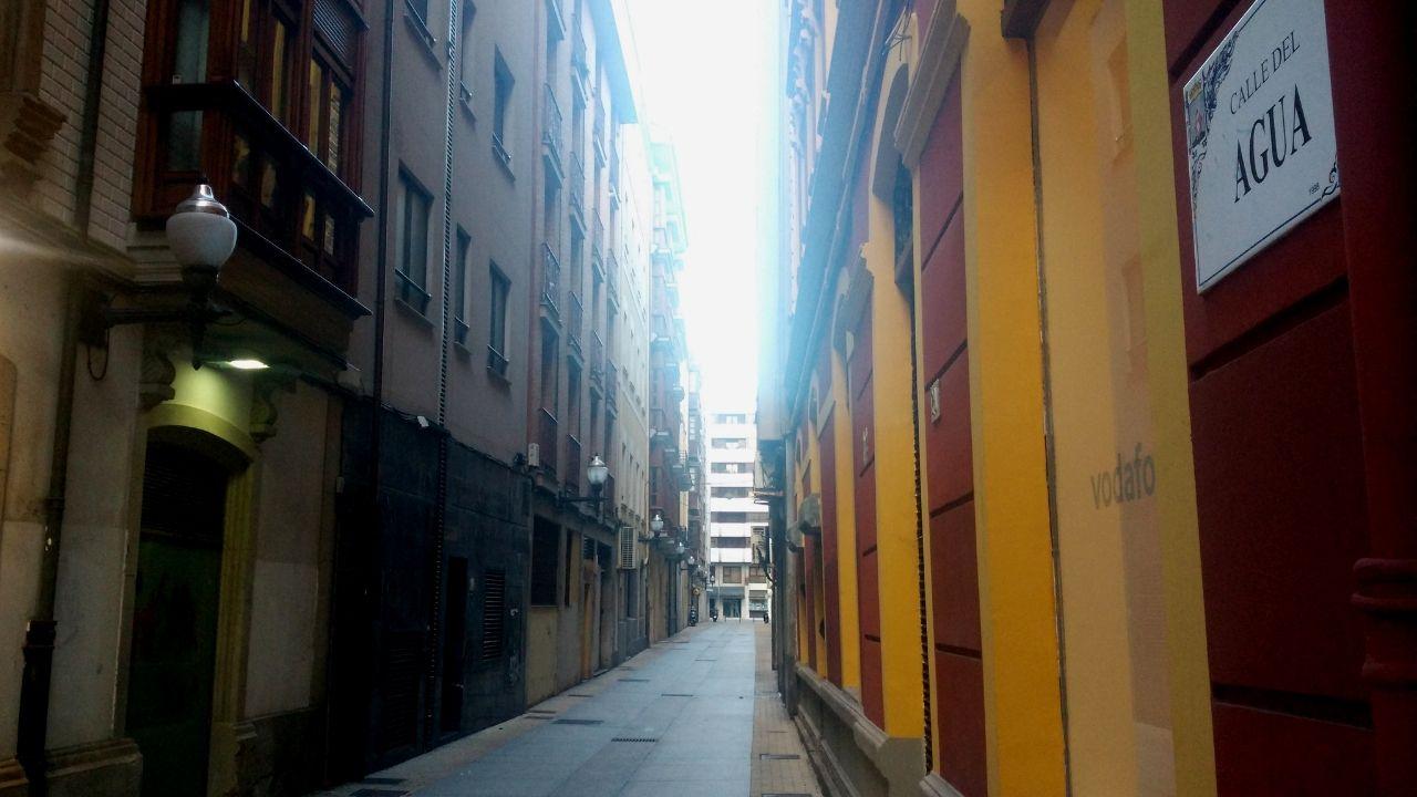 El «Acto V» de las protestas de los chalecos amarillos, en imágenes.La calle del Agua, desde Zarracina.