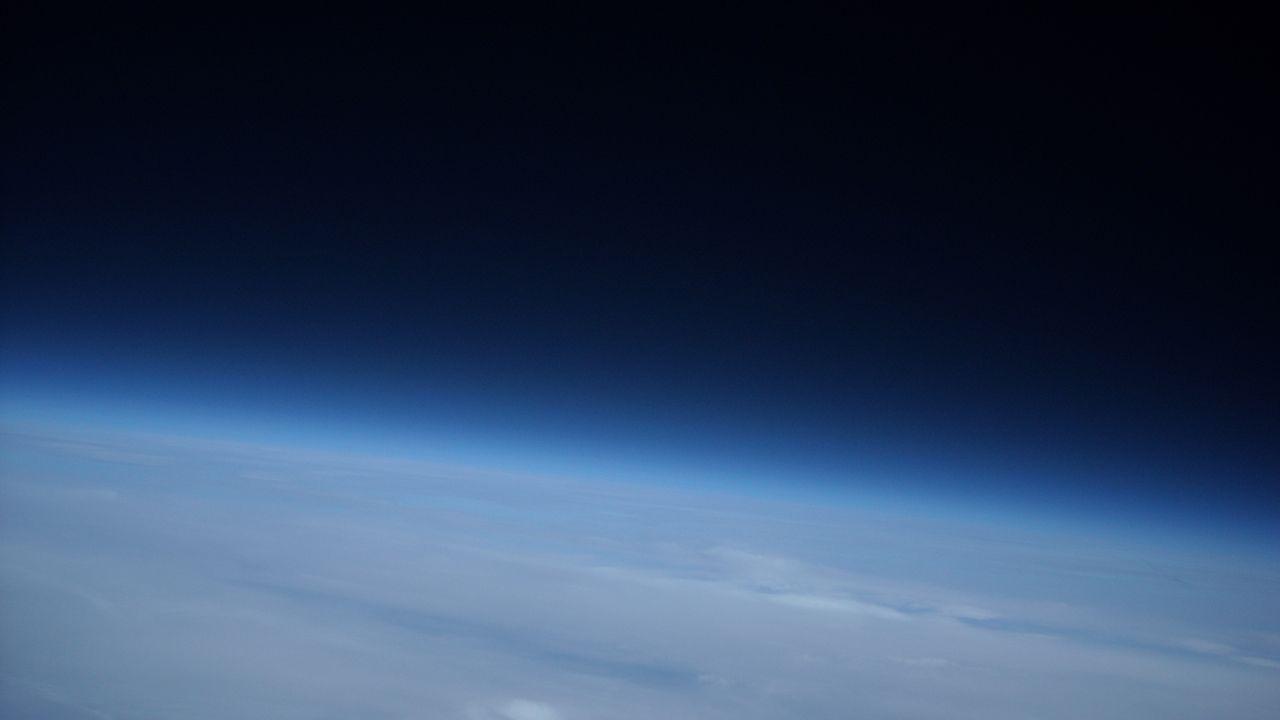 Los movimientos de aire en las distintas capas de la atmósfera equilibran el desfase térmico de la Tierra