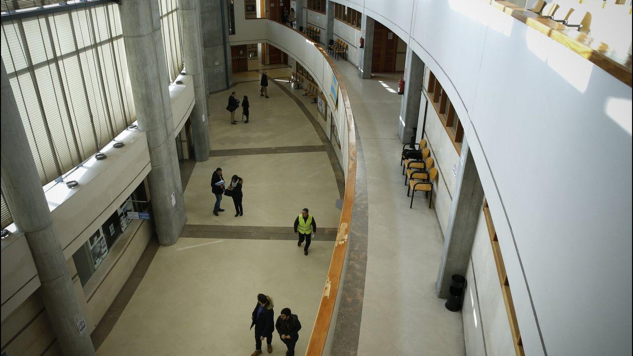 La red de trata de blancas desarticulada creó una red de pisos por todo Santiago.El juicio se celebrará en la misma sala en la que Abuín Gey fue juzgado por el rapto de una joven en Boiro