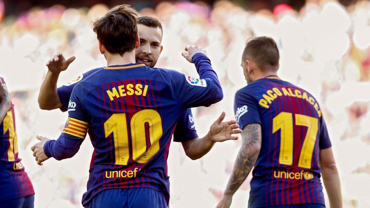 Así ven a Messi.... en la selección española.Messi se entrenó ayer en la ciudad deportiva del Madrid, en Valdebebas