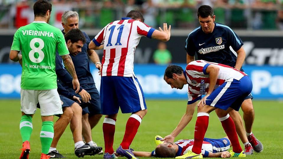 Simeone y los pitos en el Calderón.Momento de la lesión de Mario Suárez