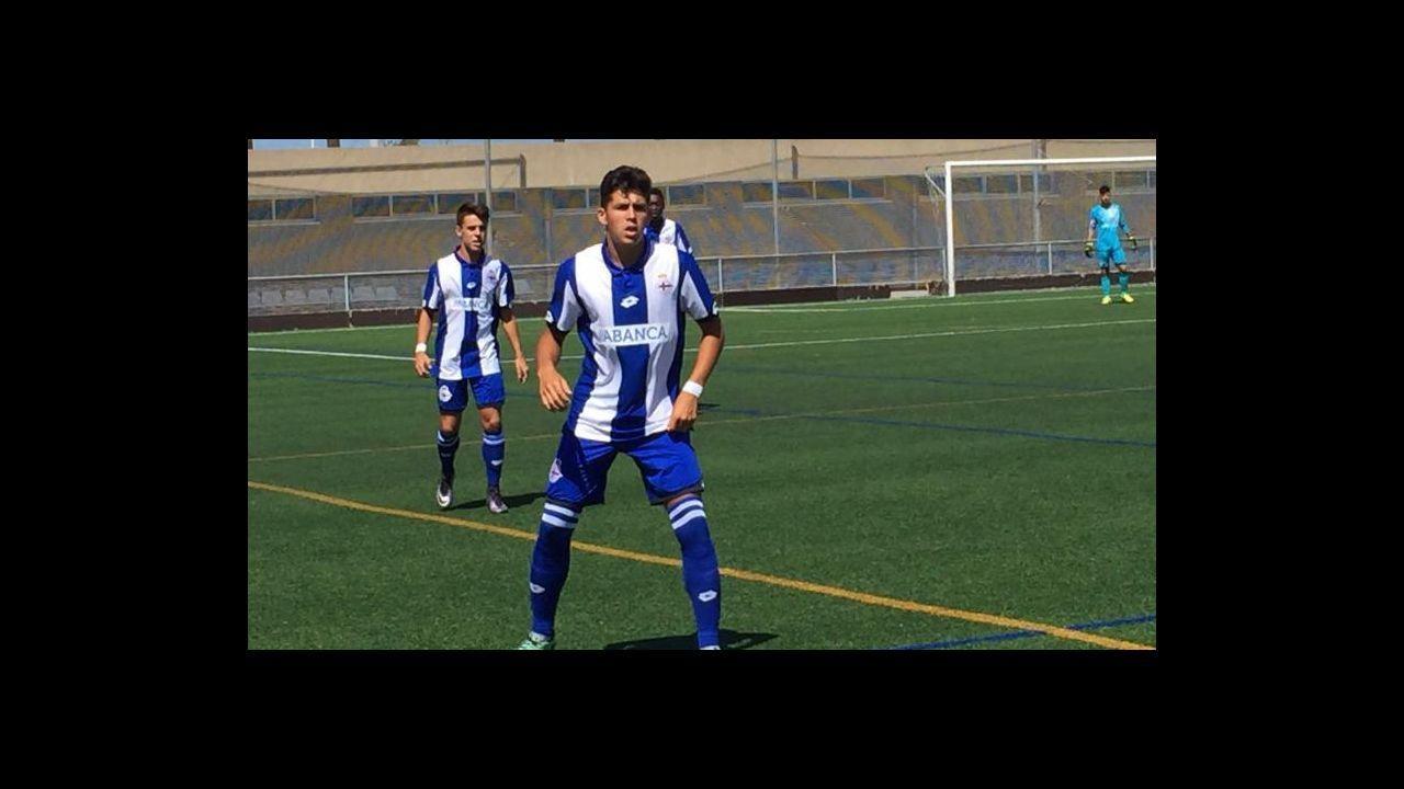 Juan Mata en el Campus del Real Oviedo