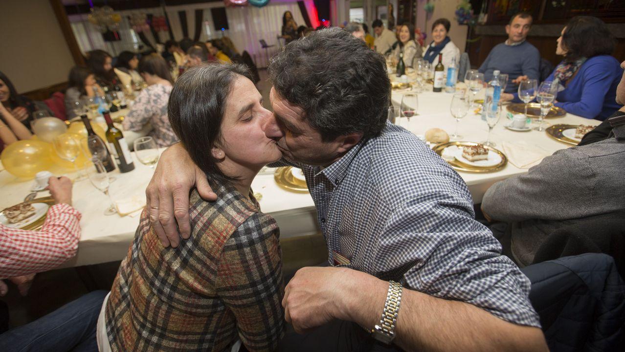 Los 25 años de casados de Modesto Arjomil y Olga Oreiro: así fue la celebración