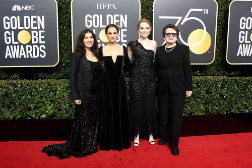 America Ferrera, Natalie Portman y Emma Stone, con Billie Jean King