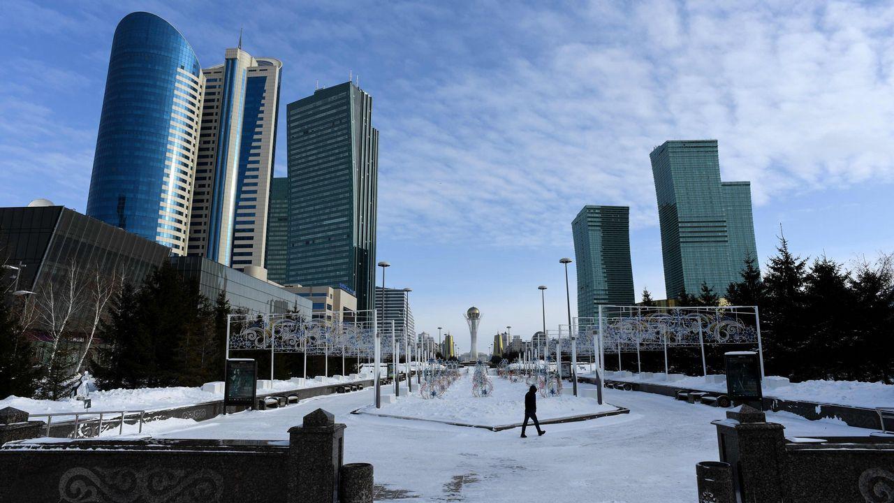 Astana, una ciudad de 800.000 habitantes y poblada de rascacielos futuristas, es capital de Kazajistán desde 1997