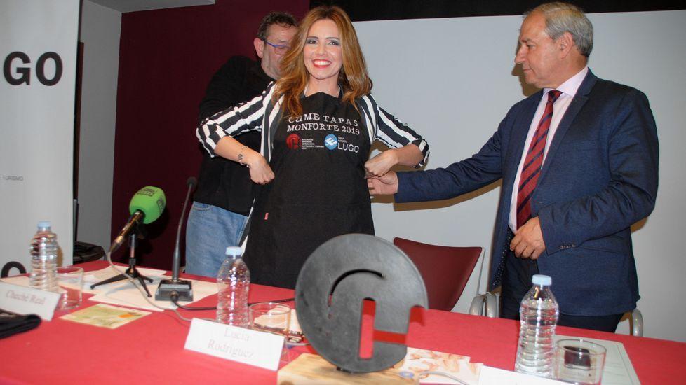 La periodista Lucía Rodríguez fue investida madrina de la edición de este año del Cume Tapas
