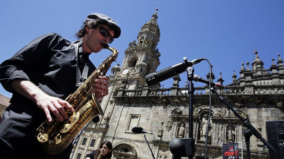 Actuación al aire libre de la Banda Municipal.