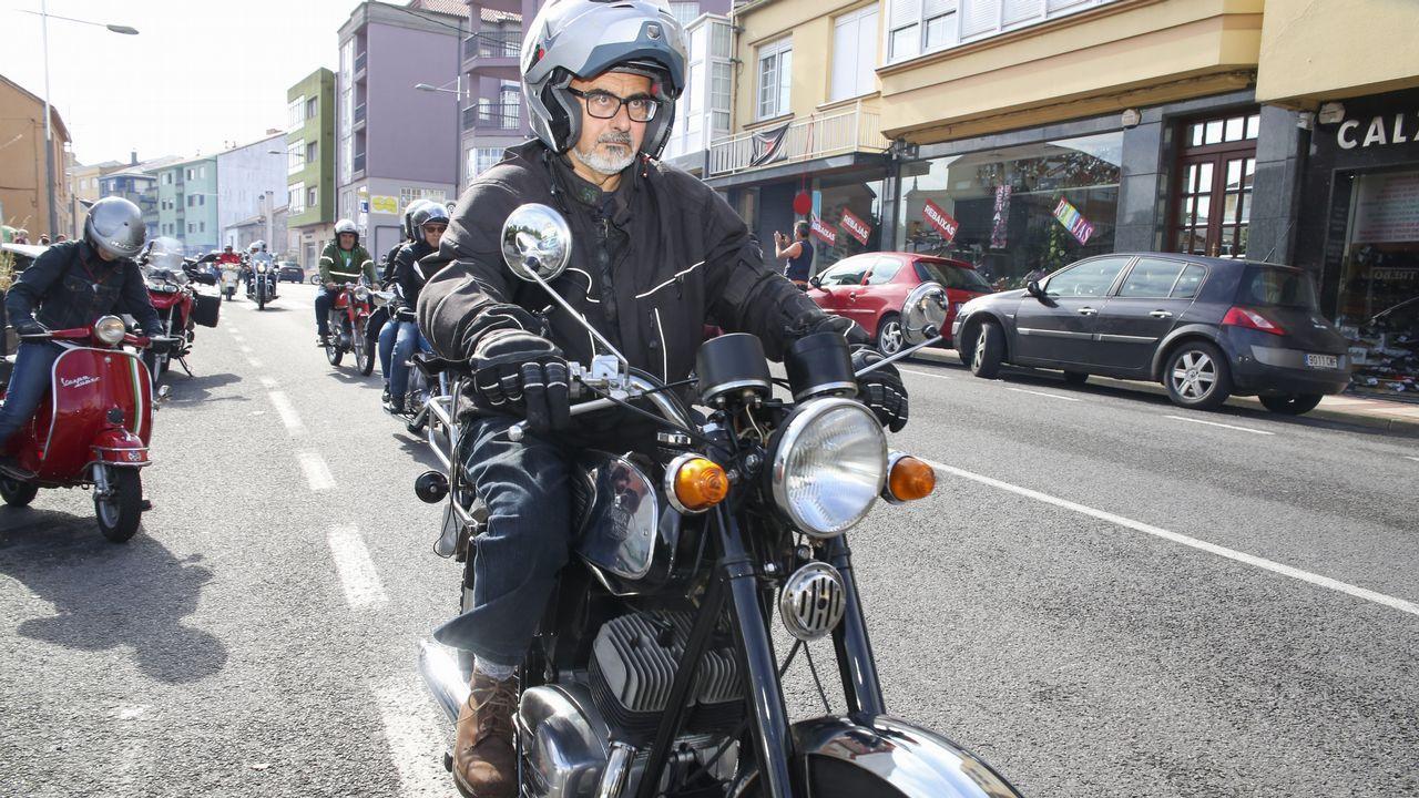 Las motos clásicas tomaron Zas el domingo