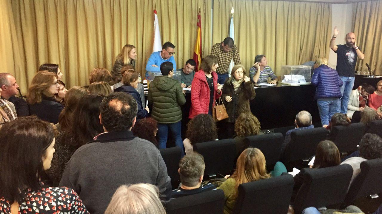 .Asamblea de funcionarios en Vigo