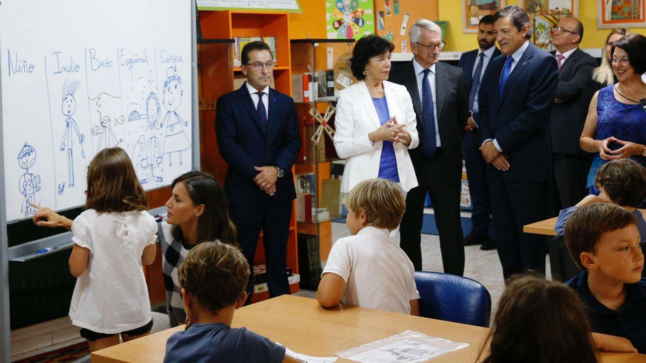 La reina Letizia inaugura el curso escolar en el Baudilio Arce