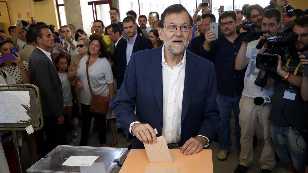 Mariano Rajoy ejerció su derecho al voto antes del mediodía