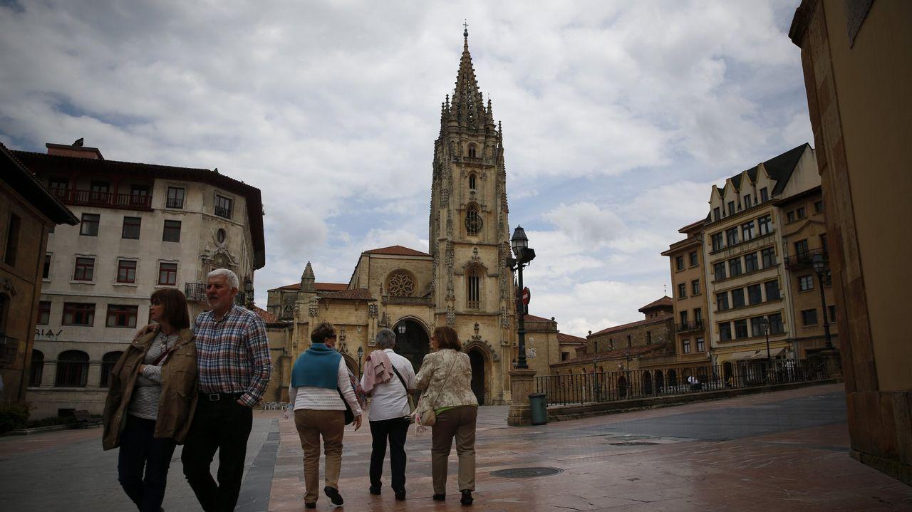 La plaza de la catedral de Oviedo