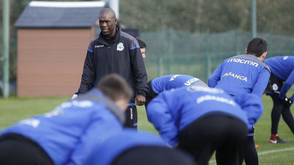 Seedorf, durante un entrenamiento del Deportivo