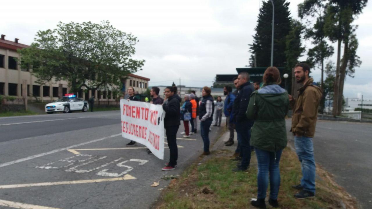 Protesta en Guísamo para reclamar la pasarela