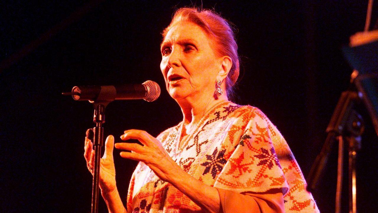 Maria Dolores Pradera en Pontevedra en el 2002