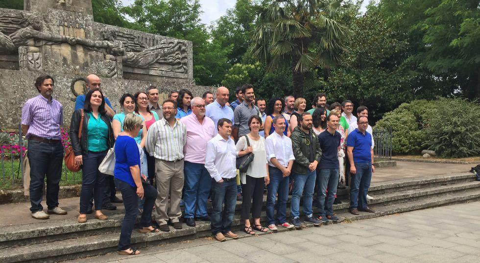 Alcaldes, concejales y miembros de Compromiso de toda Galicia se dieron cita ayer en Lalín.