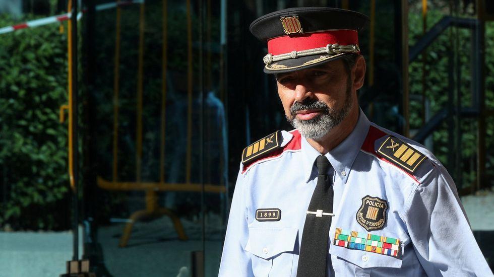 El Gobierno prepara la destitución de Josep Lluis Trapero como mayor de los Mossos.