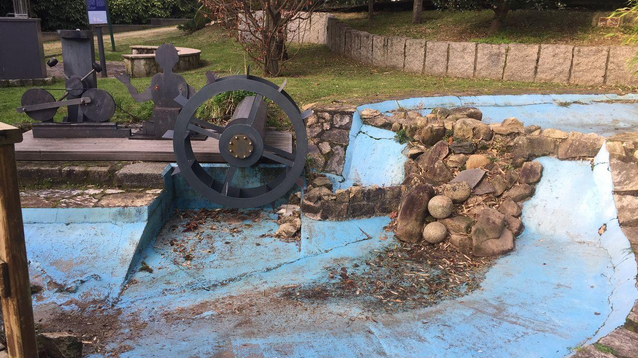 El estanque de la turbina se ha quedado seco y, consecuemente, sin agua que mueva la rueda, el aparato ya no puede funcionar