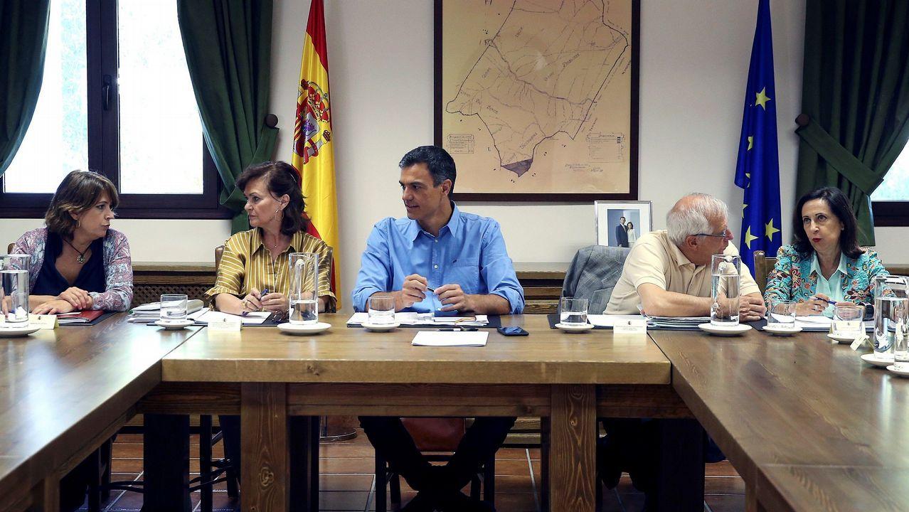 ¿Está zanjada la crisis de la tesis?.Torra acudió con el lazo amarillo en la solapa a la apertura del curso en un colegio barcelonés