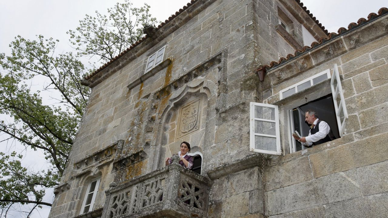 ¡Búscate en la gran sardiñada de A Ponte do Porto! ¡Álbum!.El último suplemento de crédito aprobado en Ponteceso fue para la puja por el edificio Torre Pujales de Corme, que sería convertido, si ganan la puja, en centro social. Casal