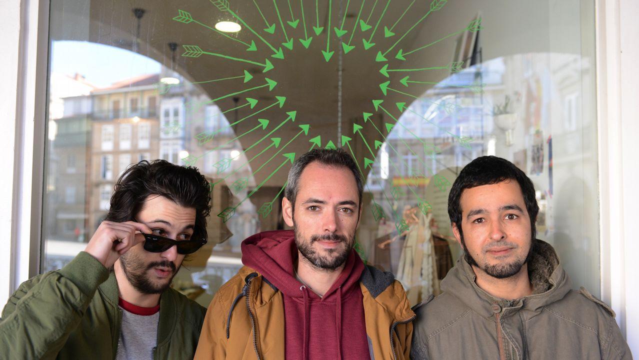 El grupo de música Abuela te quiero! saca su primer disco