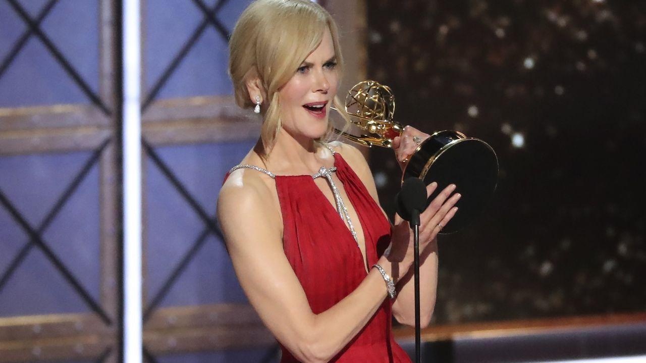 El contundente discurso de Nicole Kidman contra la violencia machista.El equipo de rodaje, con la productora Cristina Carrodeaguas a la derecha, en Santiago de Compostela