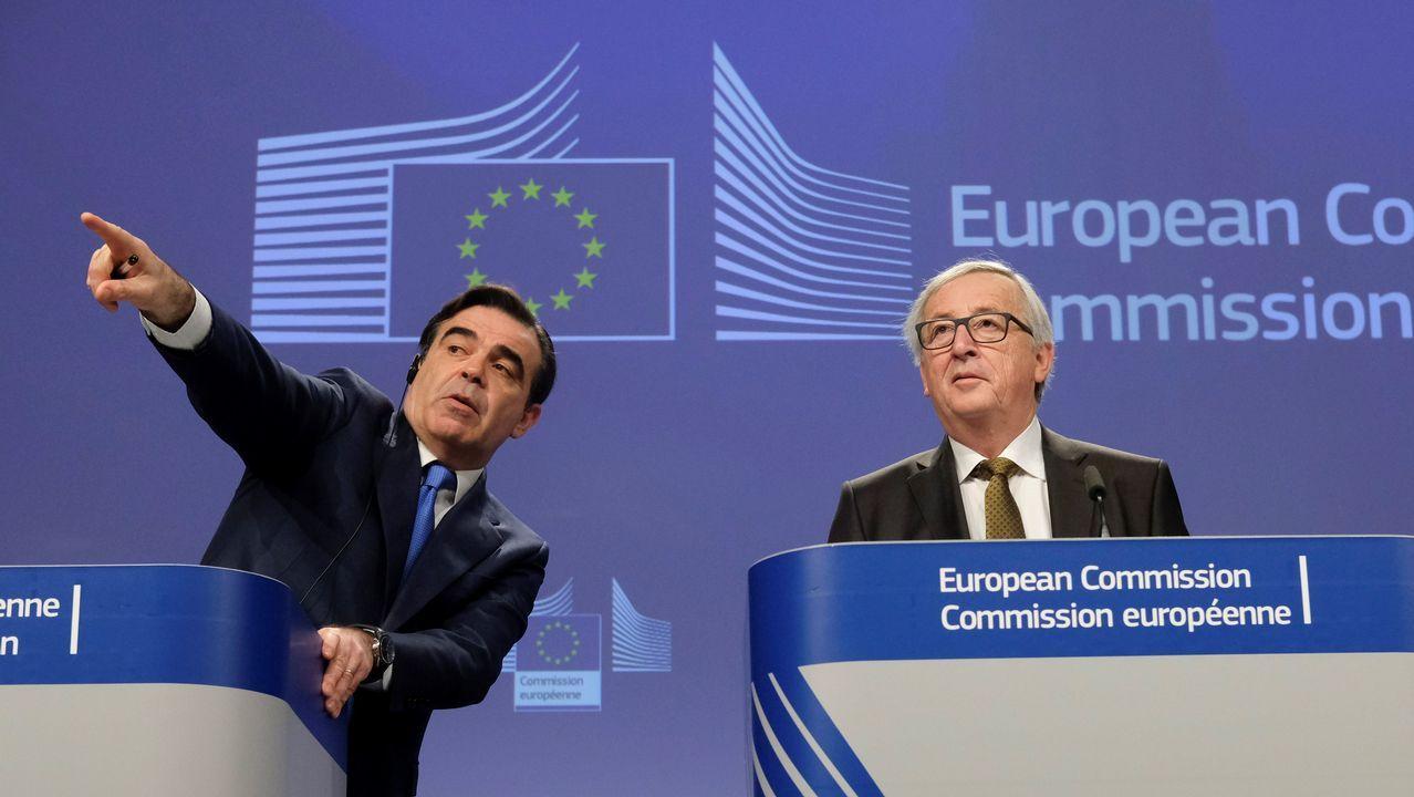 Carril de tren de Arcelor, en Veriña.Jean-Claude Juncker, presidente de la Comisión Europea