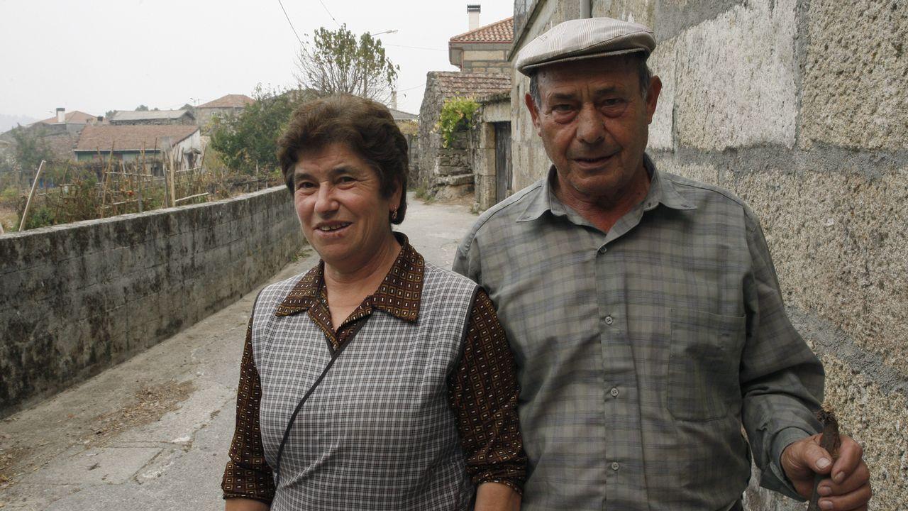 Matrimonio de A Cela (Lobios) que no quería abandonar su casa.En Ourense los escolares participaron en una actividad de concienciación contra la violencia machista