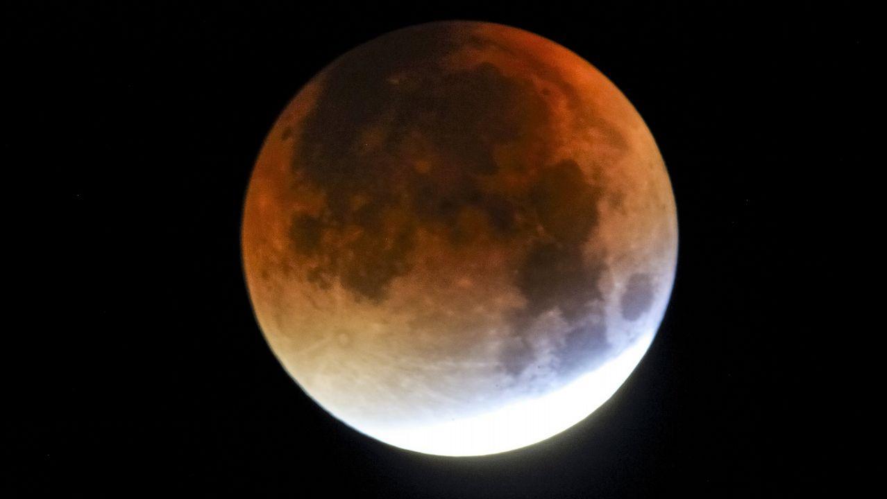 ¿Qué es el efecto lunar?.Imagen de archivo de un eclipse lunar