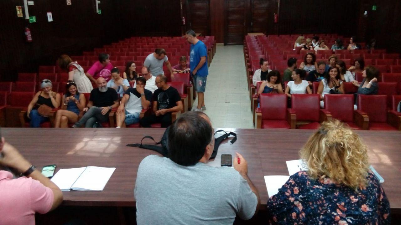 Sargadelos: del cielo a los infiernos.Xiao Varela, al fondo, reunirá hoy a la Comisión de Urbanismo para informar a la oposición de los dictámenes del Consultivo