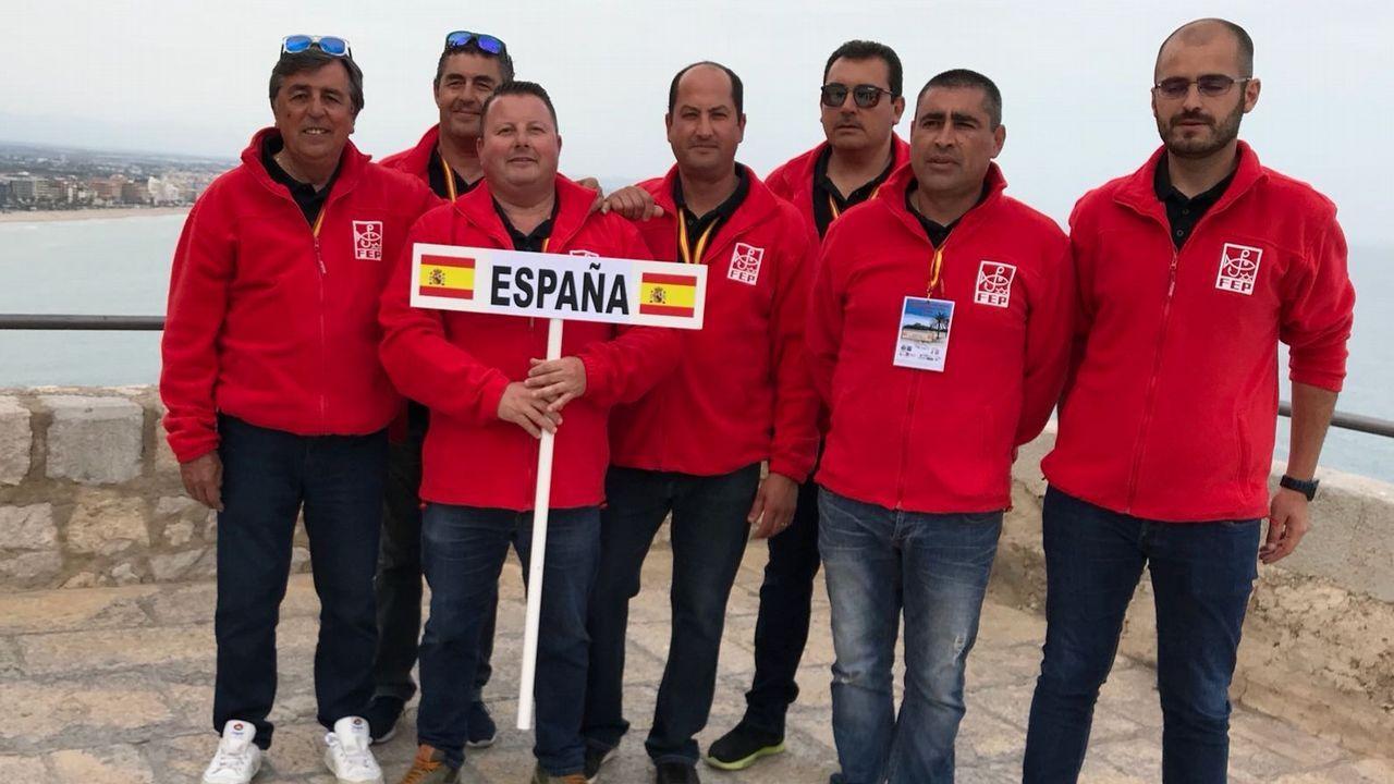 Expomar se abre al sector pesquero en Burela.Pablo García -Berdoy, Núñez Feijoo y Jesús Gamallo, que presentó el Foro Galego do Brexit