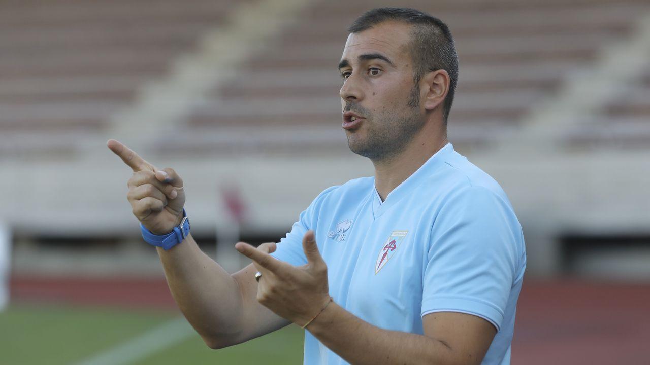 Boateng Real Oviedo Extremadura Carlos Tartiere.Jugadores del Oviedo en un entrenamiento en el Carlos Tartiere