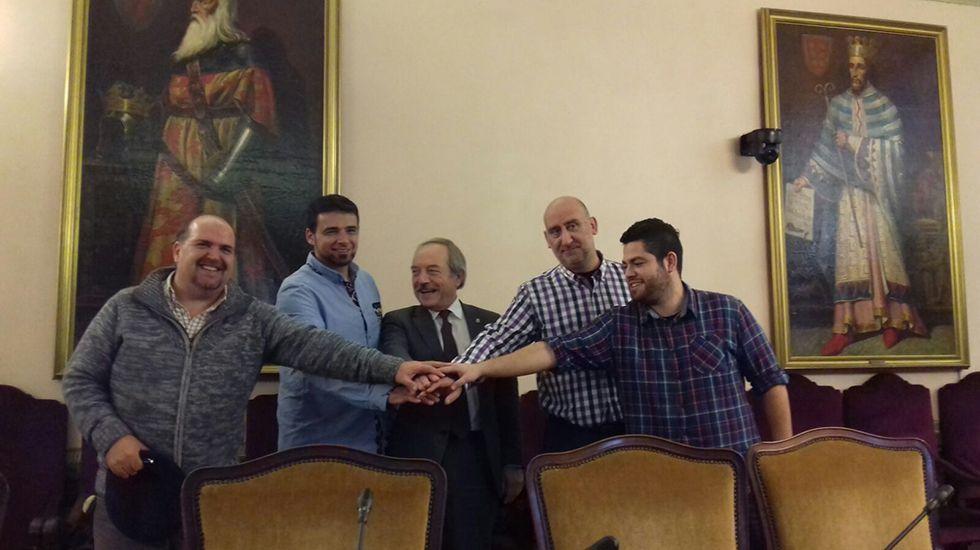 .Firma del acuerdo en el Ayuntamiento para la contratación de 271 empleados públicos